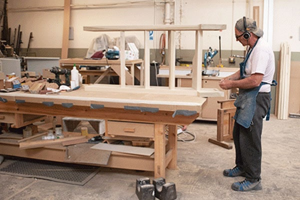 Commercial-Joiner-600x400