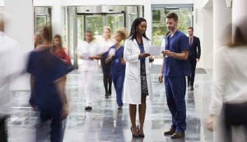 Doctors-in-a-busy-hospital